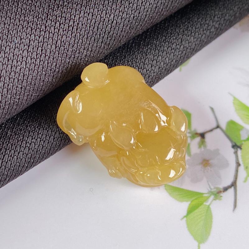 A货翡翠-种好黄翡招财貔貅吊坠,尺寸-23.1*15.8*8.1mm