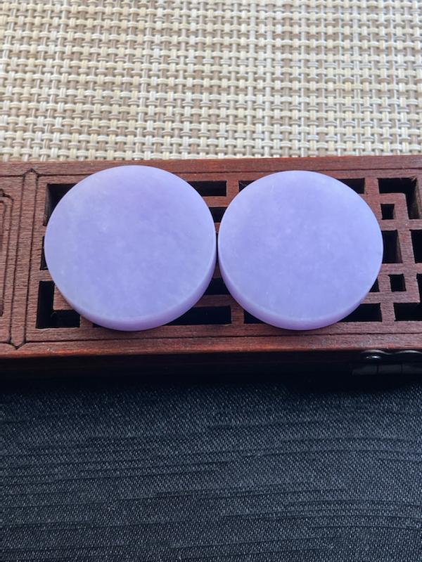 紫罗兰圆形无事牌一对 料子细腻 水润完美 紫色匀均 镶嵌效果更佳