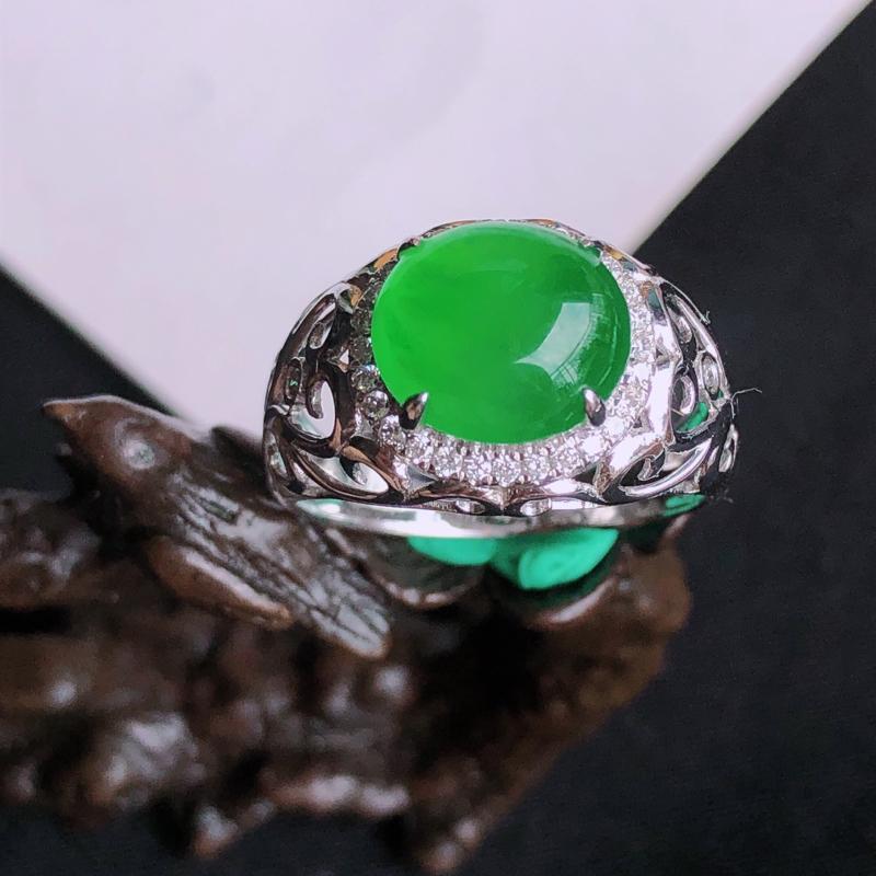 天然a货翡翠满阳绿18k镶金钻戒指,玉质细腻,种水好