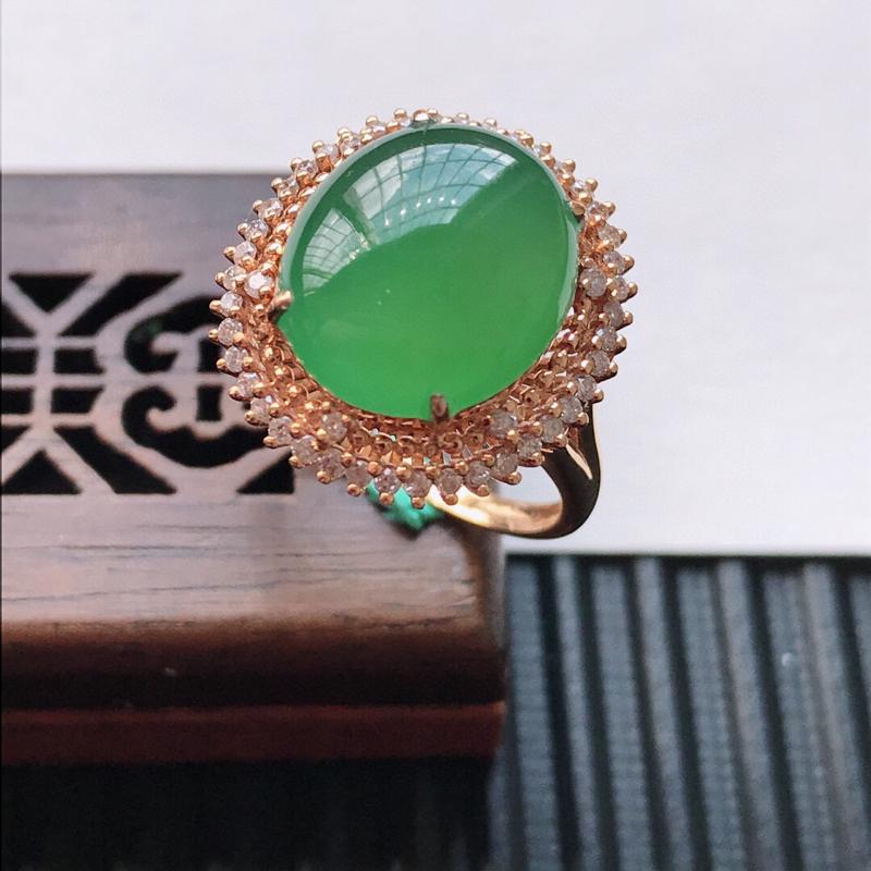 天然翡翠A货18K金镶嵌伴钻糯化种满绿精美蛋面戒指,内径尺寸18.2mm, 裸石尺寸13.3-11.