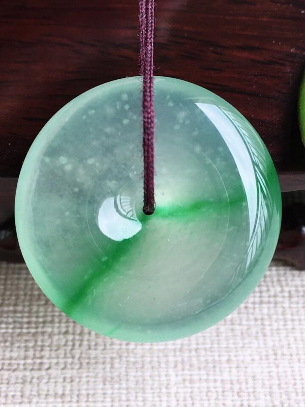 A货翡翠冰种飘阳绿平安扣吊坠挂件,完美,尺寸28.8/6.9mm,重量11.45g