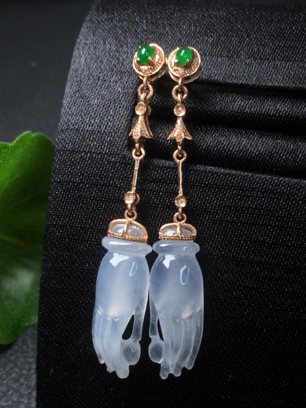 翡翠a货,冰润掌上明珠耳钉,18k金镶嵌,种水好,佩戴精美