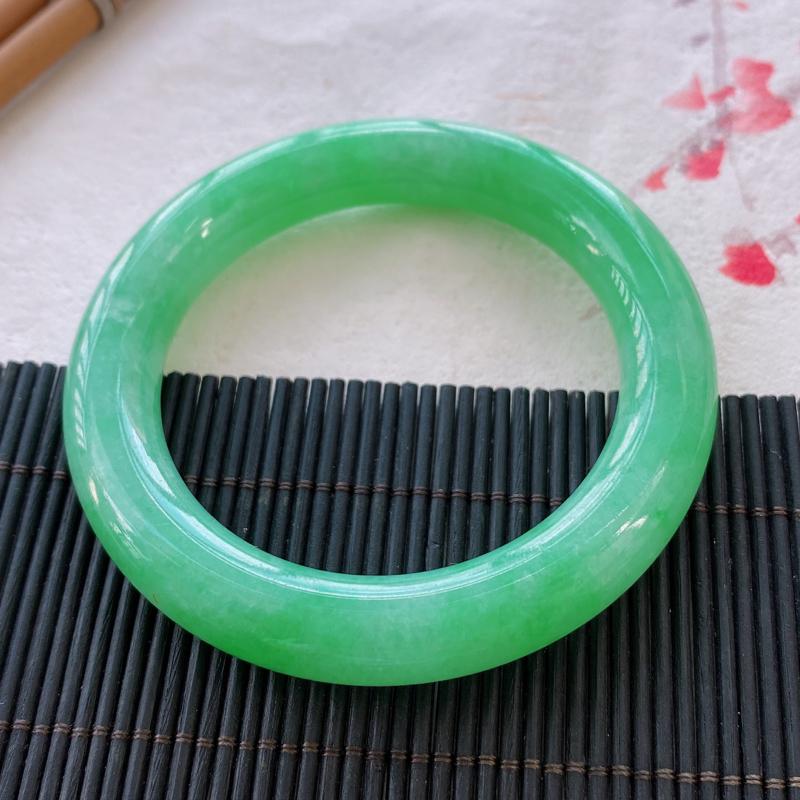 圆条:54.9mm 天然a货种水好糯化种满绿圆条翡翠手镯,圈口:54.9/11.3/10.8mm