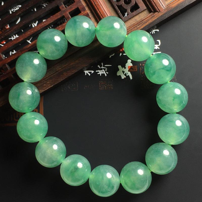 冰种飘绿佛珠手串 直径14毫米 种好通透 花色艳丽 佩戴精美大气