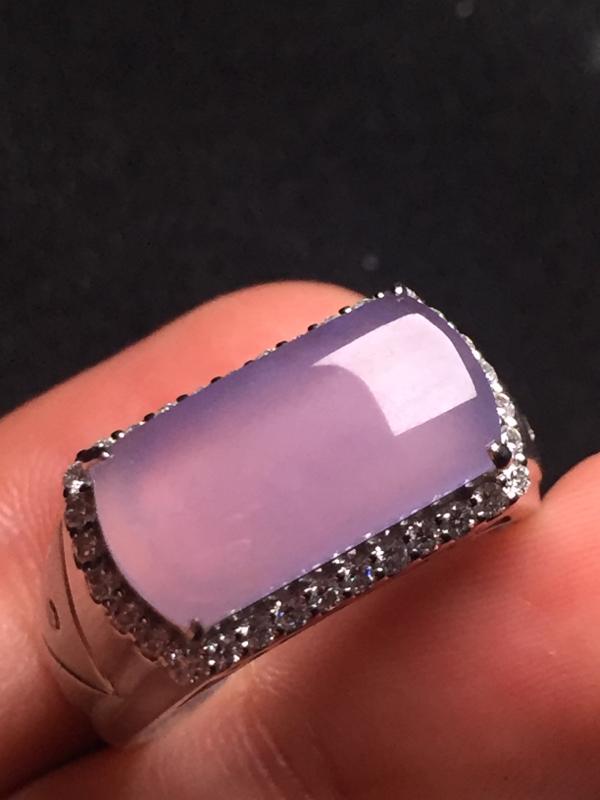 紫罗兰马鞍戒指,18k真金真钻镶嵌,完美,种水超好,玉质细腻。
