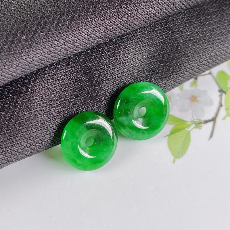 A货翡翠-种好阳绿平安环耳坠,尺寸-11.3*2.7mm