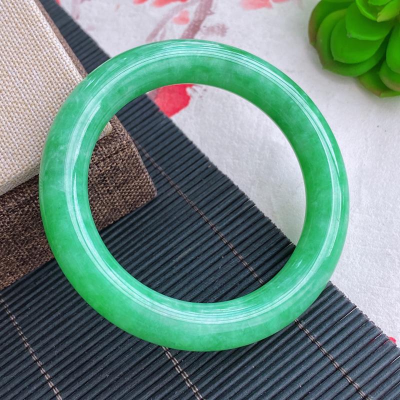 圆条:56.7mm 天然a货种水好糯化种满绿圆条翡翠手镯,圈口:56.7/11.3/11.2mm
