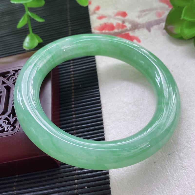 圆条:57.9mm 天然a货种水好糯化种满绿圆条翡翠手镯,圈口:57.9/12.1/11.9mm