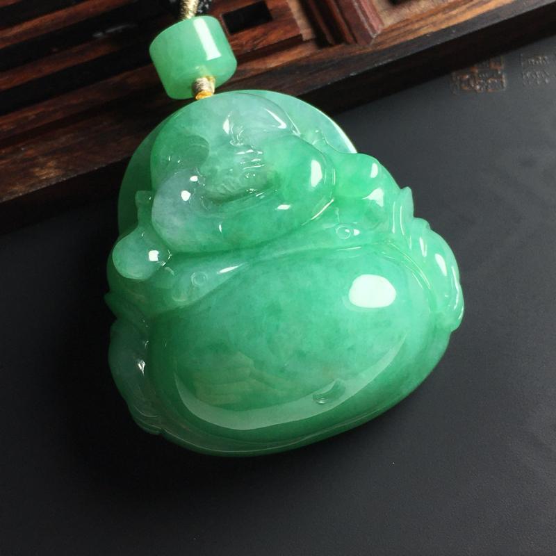 糯种带色佛公吊坠 尺寸38-36-17毫米 玉质水润 色彩亮丽 饱满 顶珠为翡翠