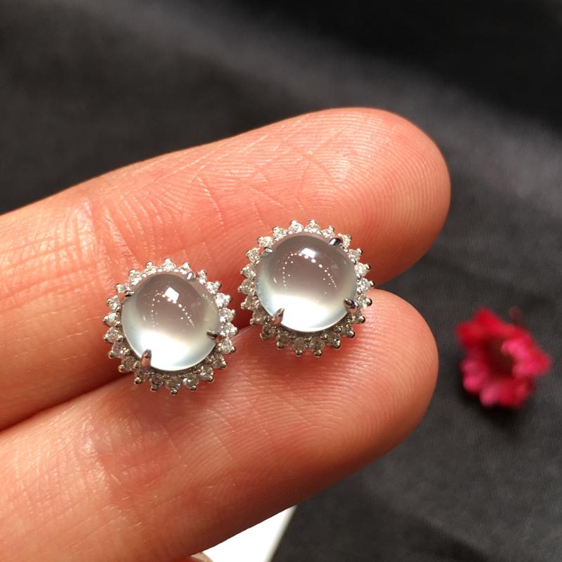 一对冰种耳钉,完美起光,底庄细腻,18K金南非真钻镶嵌,性价比高,推荐,尺寸9.5*7.3/6.5*
