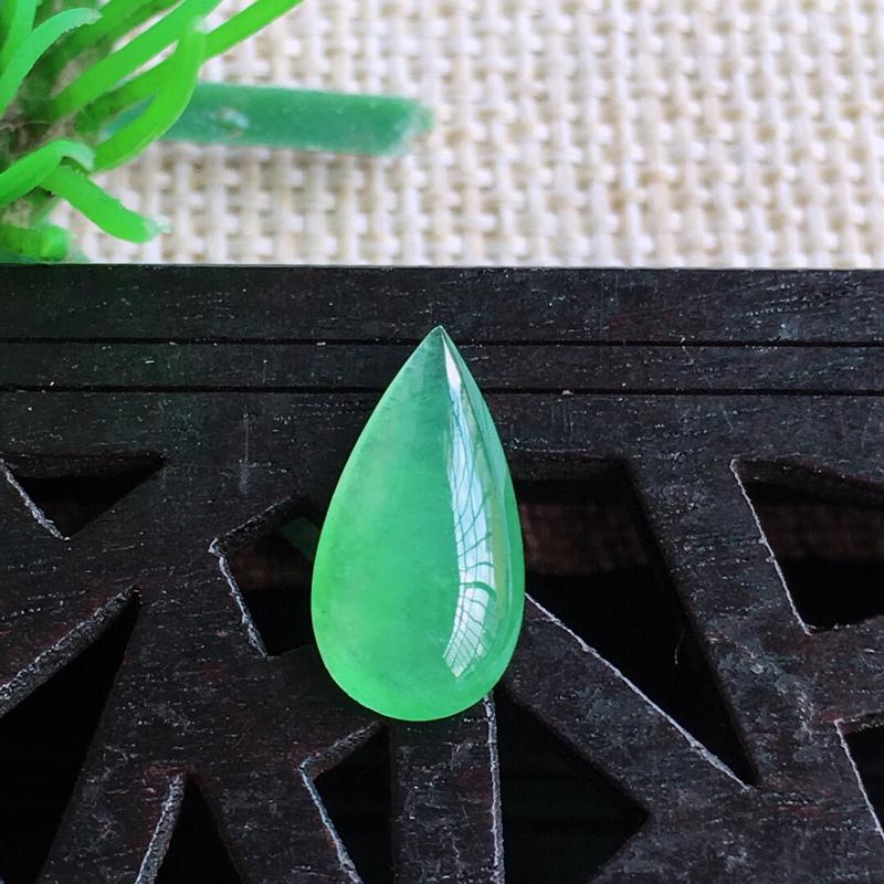 天然缅甸老坑翡翠A晴水绿水滴裸石,可镶嵌,吊坠,锁骨链,料子细腻柔洁,尺寸11.5/6/3mm,重量