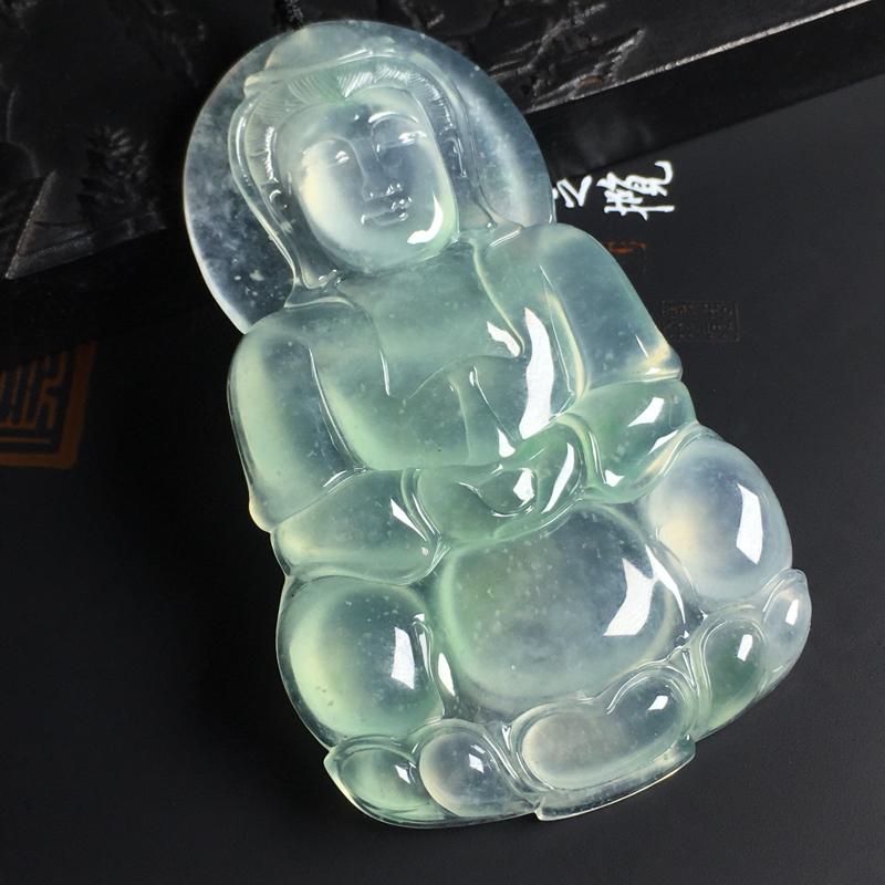 冰种飘绿观音吊坠  尺寸78-48-7毫米  种好冰透 厚实细腻 底色清爽 品相端庄