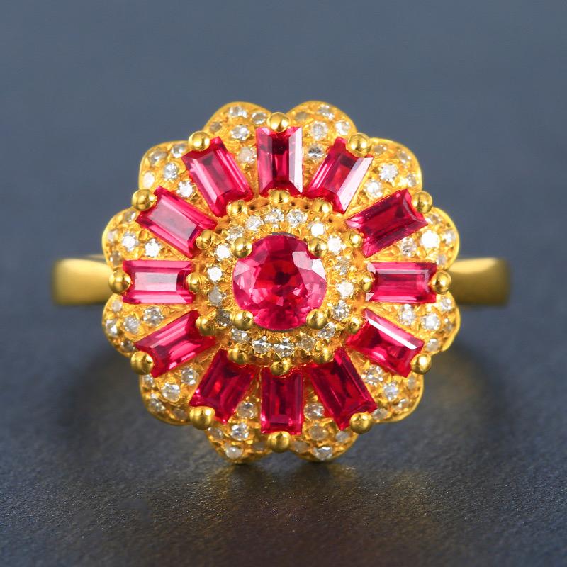红宝石戒指,材质:18k金,配石:钻石,宝石参数:1.03t,配石:78颗,总重3.45克,圈口:1
