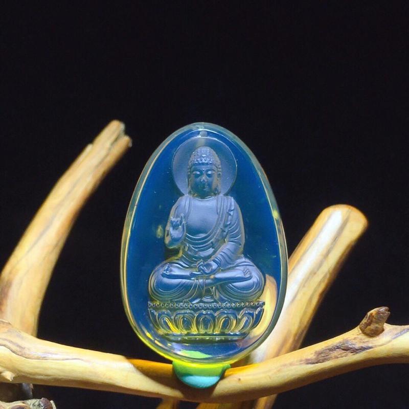 """精雕墨西哥蓝珀挂件,阿弥陀佛,又名无量佛、无量光佛、无量寿佛等。是生肖""""狗和""""猪""""的本命佛,雕工精湛"""