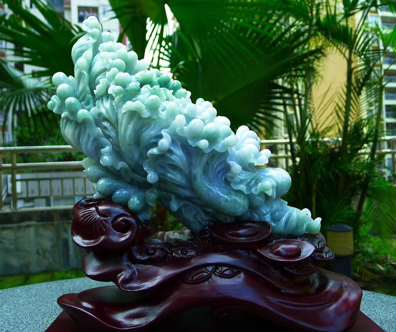 缅甸天然翡翠A货 精美老坑 八方来财 财源广进 升官发财 白菜摆件 雕刻精美线条流畅 种水好 搭配精