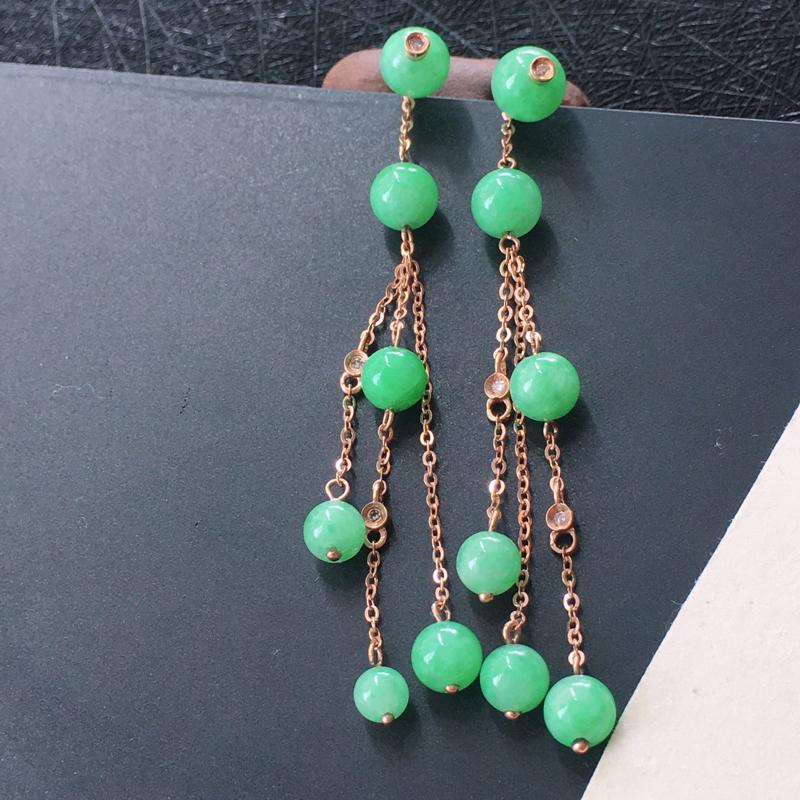 18K金伴钻镶嵌翡翠满绿圆珠耳坠,种水好玉质细腻温润,颜色漂亮。尺寸:取大 6.0mm 取小 4.6