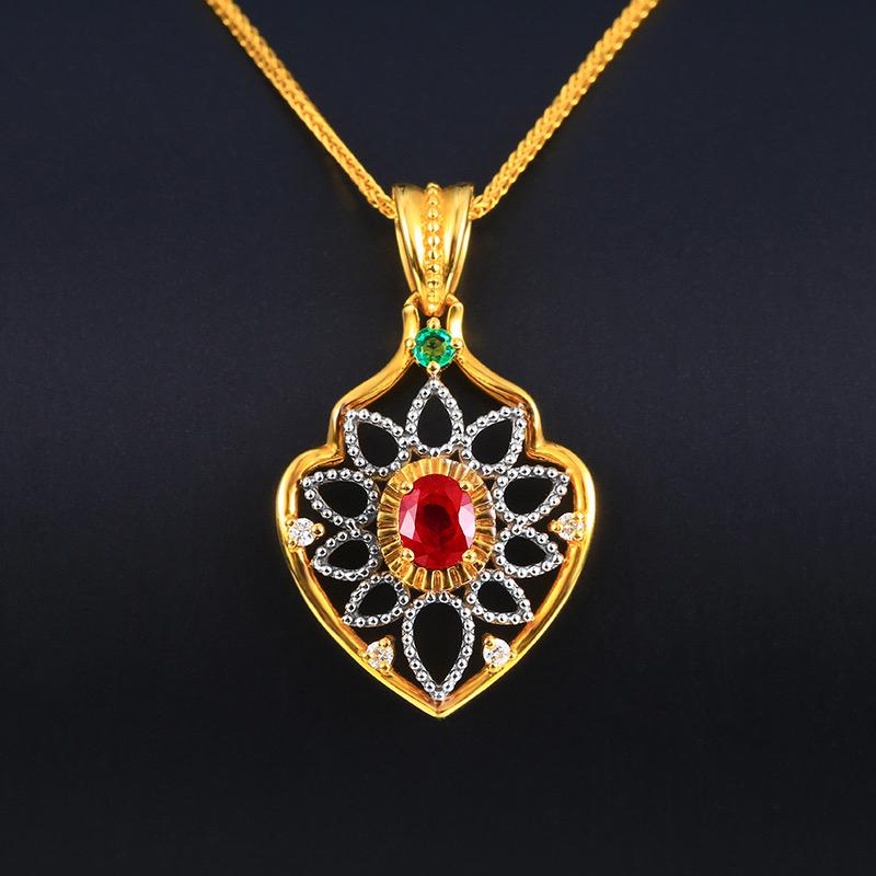 &红宝石吊坠,材质:18k金,配石:钻石、沙弗莱,宝石参数:0.46ct,配石:5颗,总重2