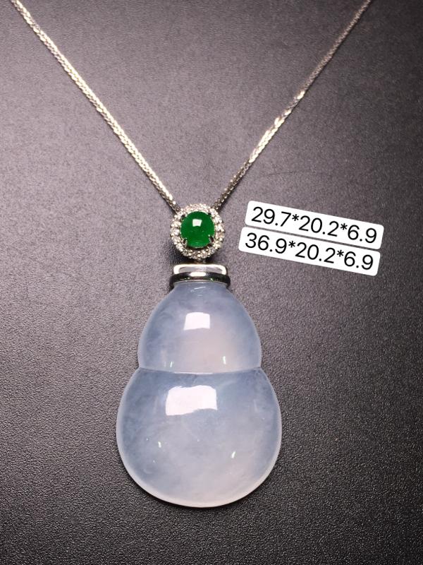 葫芦项链,18K金镶嵌,无纹无裂,玉质细腻,性价比超高**