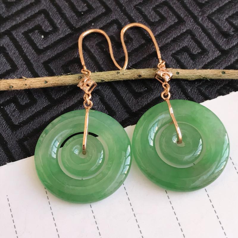 翡翠A货飘绿18K金伴钻母子扣耳环,包金长47.4mm,裸石尺寸21.2*3.1mm