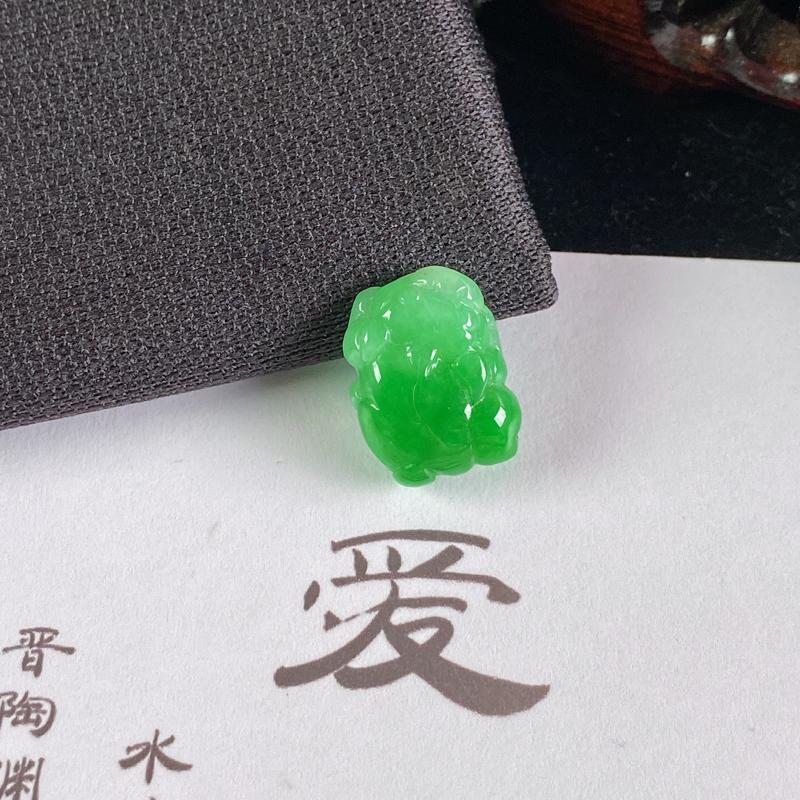 A货翡翠-种好阳绿招财貔貅镶嵌件,尺寸-14.1*10.9*5.5mm