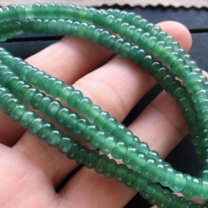蓝水项链,自然光实拍,缅甸a货翡翠,满色蓝水项链,种好通透,颜色超美,清雅脱俗,莹润细腻,佩戴佳品