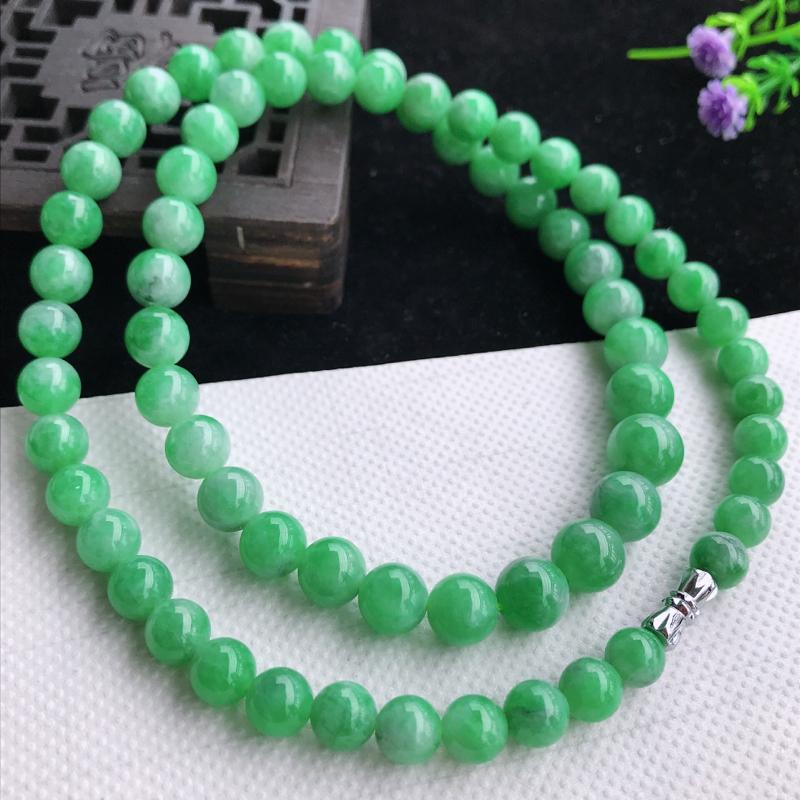 细润满豆绿圆珠塔珠项链,细腻,种水足,色泽鲜艳,出众迷人,尺寸,小7.3,大10,69颗