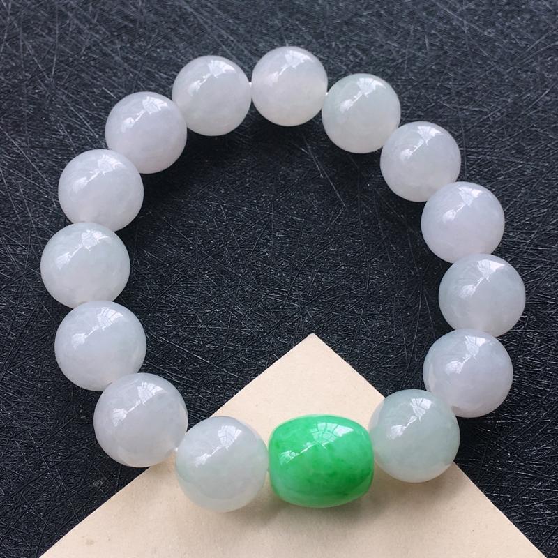 翡翠圆珠路路通手链,种水好玉质细腻温润,颜色漂亮。尺寸:路路通 14.7*13.2mm 圆珠 13.