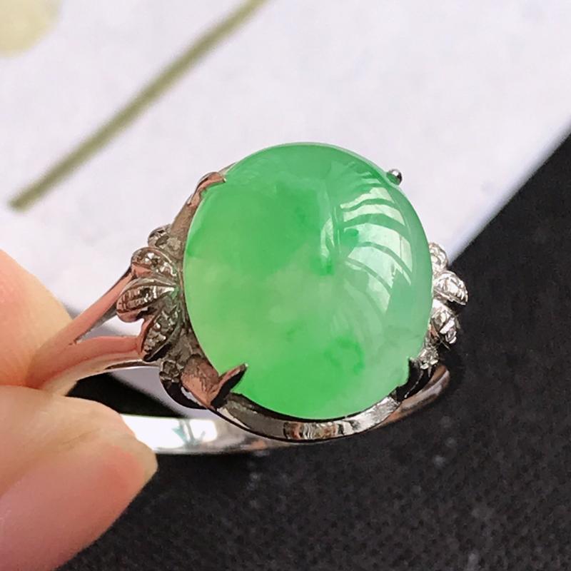 翡翠A货飘绿18K金伴钻福气戒指,包金尺寸12*13.8*7.5mm,裸石尺寸11*9.6*4mm,
