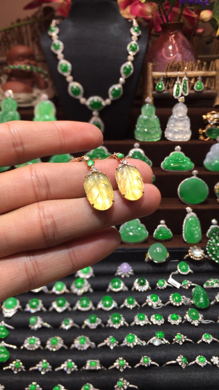 玻璃黄翡叶子耳坠