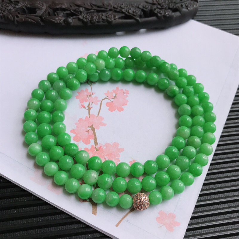 颜色好福气项链,翡翠A货,尺寸:7mm,隔珠是装饰品