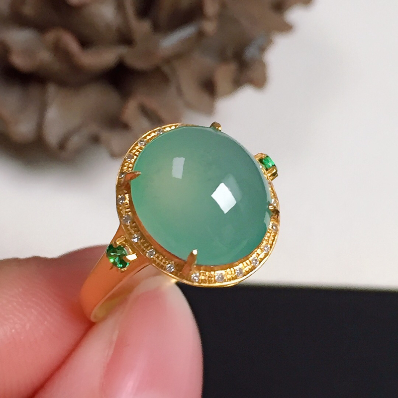 冰润浅色翡翠戒指,种水好,色泽清新,指圈:13#,尺寸:10.8-9.6-4.5