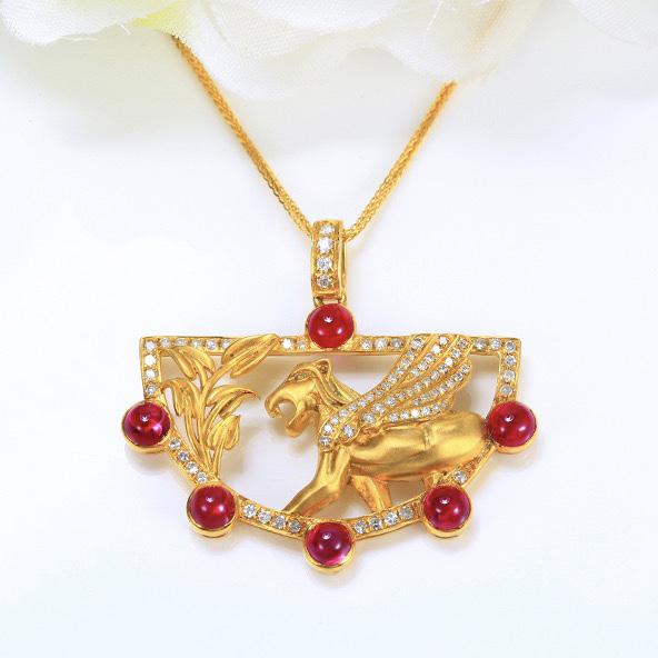 红宝石吊坠,材质:18k金,配石:钻石,宝石参数:2.25ct,配石:82颗,总重5.25克,(不含