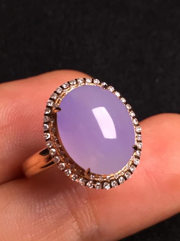 紫罗兰蛋面戒指,18k金钻石镶嵌,种水超好,玉质细腻。**