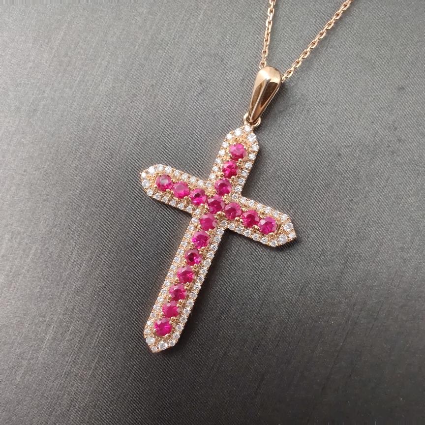 【吊坠】红宝石+18k金+钻石  宝石颜色纯正 主石:0.82ct/17p   货重:3.56g
