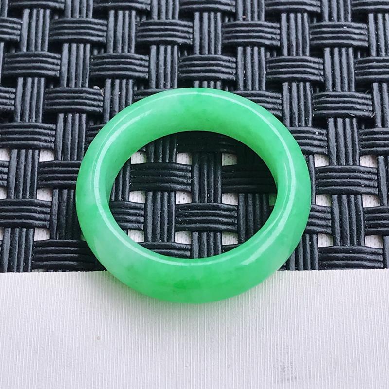 翡翠A货 糯种水润飘绿翡翠指环 尺寸16.2/5.4/3.5
