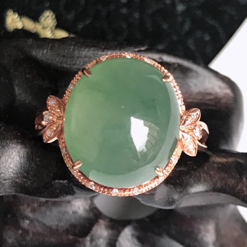 缅甸翡翠老坑A货镶嵌18k金伴钻绿福气戒指,裸石尺寸12.5-11-5.9mm,指圈17.1mm