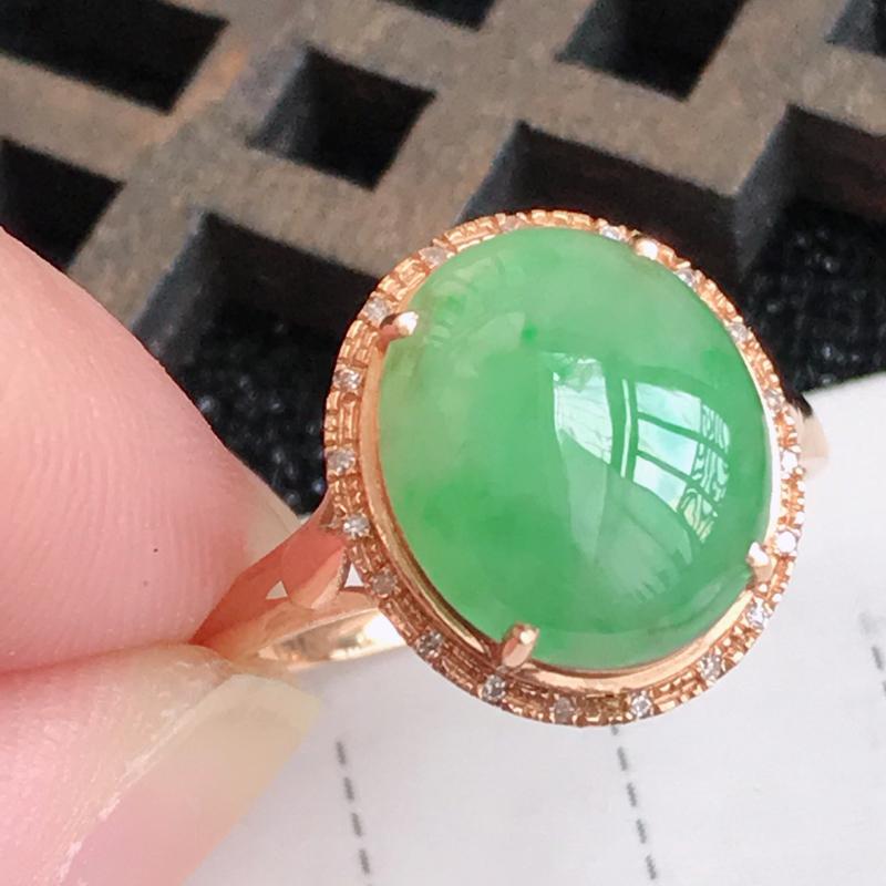 翡翠A货满绿18K金伴钻福气戒指,包金尺寸13.4*12*7.2mm,裸石尺寸11.4*9.6*3m