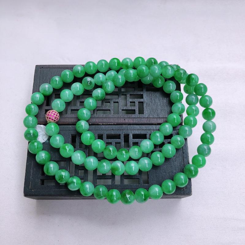 09/24  飘绿圆珠项链,尺寸:8.4mm 重量90.00g