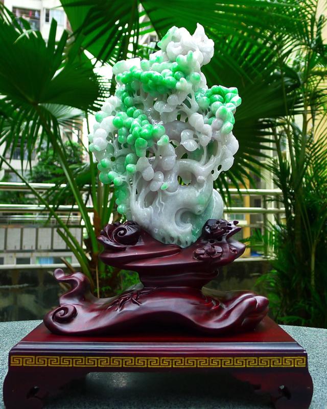 缅甸天然A货翡 精美飘阳绿,喜上眉梢 花开富贵 双喜临门 合合美美 寓意吉祥如意 幸福美好 送礼佳品
