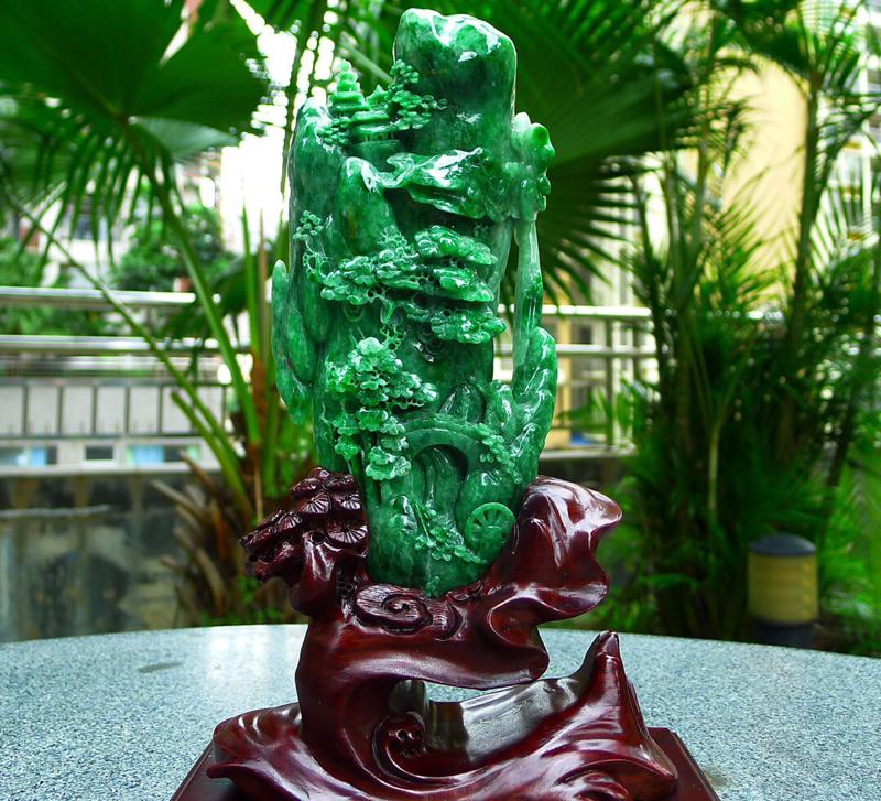 缅甸天然翡翠A货 满绿山水摆件 黄加绿双彩山水摆件 精雕细琢 匠心独具 雕刻精美 线条流畅种水好 层