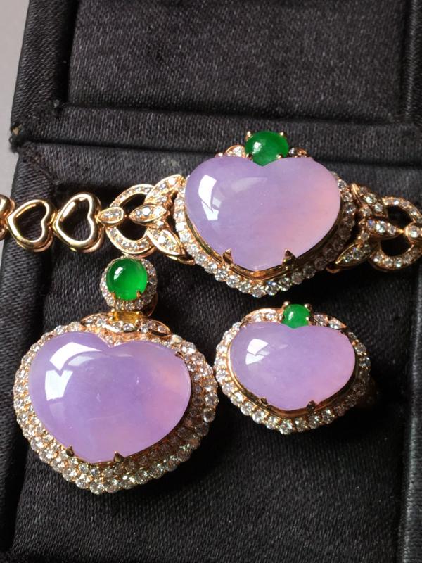 一套,紫罗兰爱心形套装,戒指吊坠手链套装,无裂,水头足,色韵迷人,裸石戒指12.2/8.6/5手