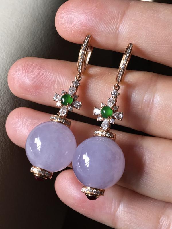 紫罗兰圆珠耳坠,无裂,水头足,水润饱满,裸石尺寸13.5mm、42mm