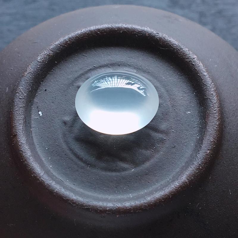 冰种蛋面,自然光实拍,缅甸a货翡翠,冰种蛋面,种好通透,起荧光,晶莹剔透,莹润光泽,纯净无暇,镶嵌佳