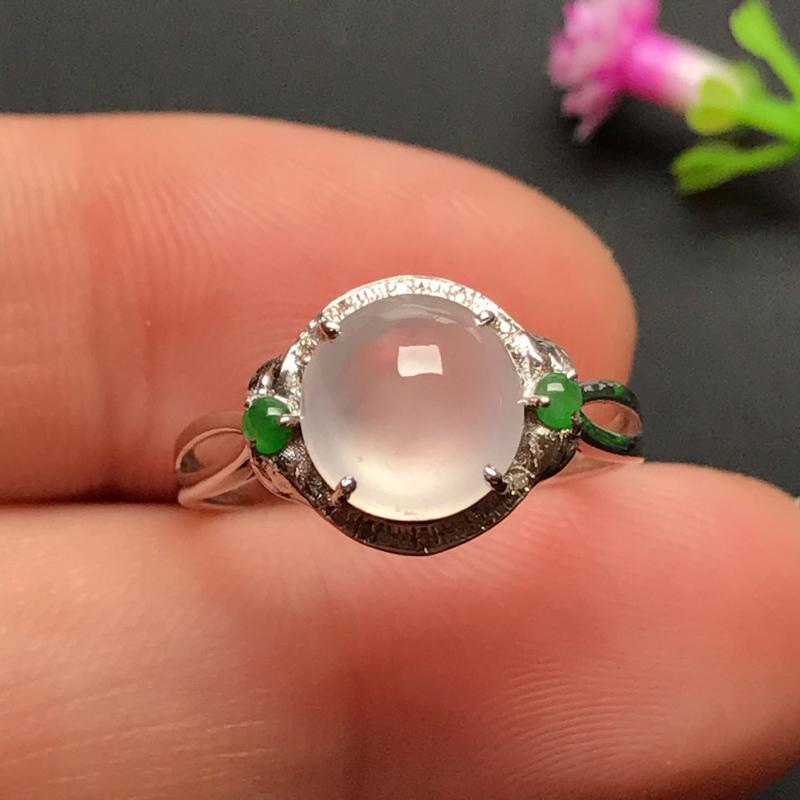 18k伴钻镶嵌,冰种蛋面戒指,玉质冰润起光,款式精美时尚,佩戴雅致时尚,戒圈14#