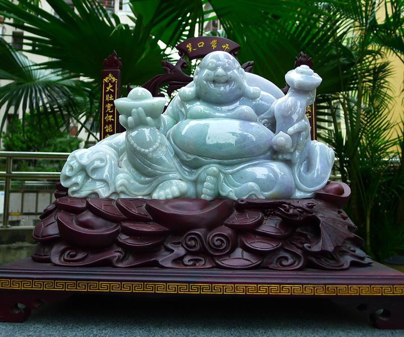 缅甸天然翡翠A货 精美 老坑 笑口常开 财源广进 多子多福 笑佛摆件 雕刻精美线条流畅 种水好 搭配