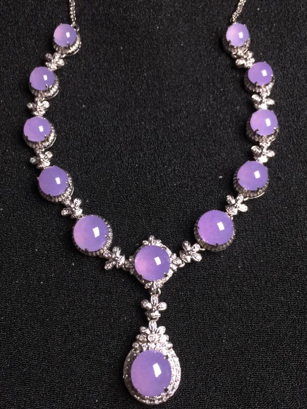 紫罗兰蛋面晚装项链,18k金钻石镶嵌,种水超好,玉质细腻