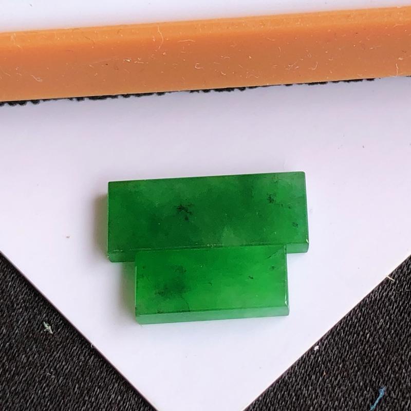 天然a货翡翠满绿方形裸石(镶嵌件)戒面,玉质细腻,水润,种水足