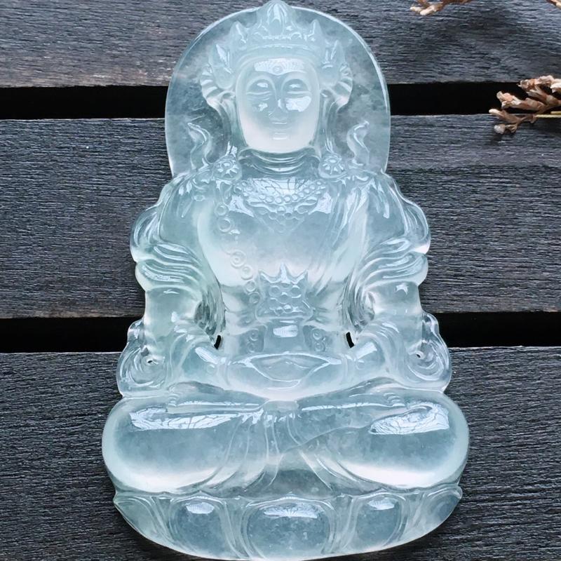 自然光实拍,缅甸a货翡翠,冰种渡姆,种好通透,水润玉质细腻,雕刻精细,饱满品相佳,可直接佩戴。