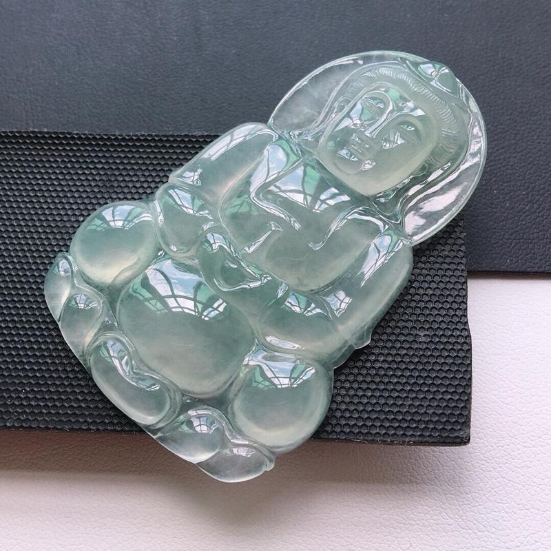 冰糯种起光大尊观音吊坠缅甸天然翡翠A货. 品相好,料子细腻,雕工精美。 尺寸:58.8*37.3*5