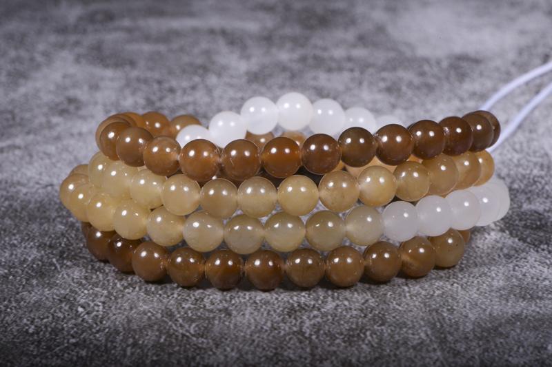 圆珠项链 苏工名家精品-新疆和田玉 整体搭配一种渐变色,珠圆玉润、滋养人心,油性细度好!珠子大气圆润